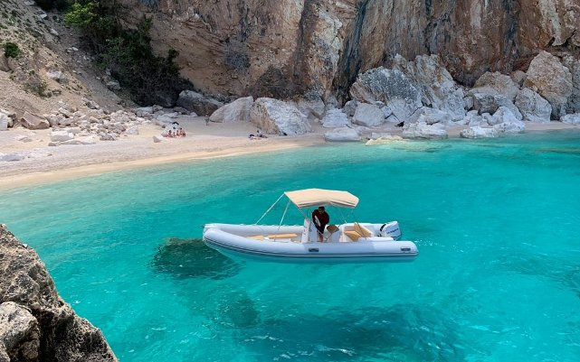 Inflatable raft 40 CV - 6 meters